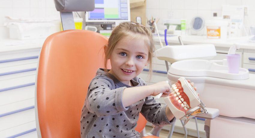 Kinderzahnheilkunde - Zahnarztpraxis Dr. Bade